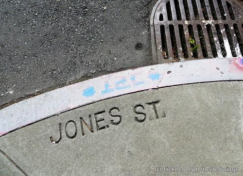 Jones_sidewalksign