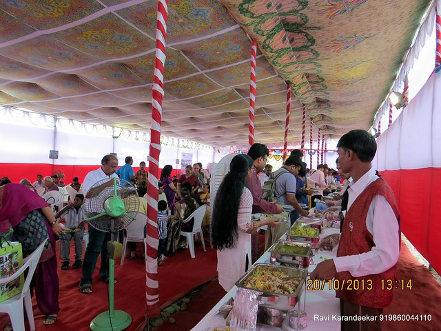 Lunch Time - Handing Over Ceremony of Sanjeevani Developers' Sangam at Sus on Sunday 20th October 2013