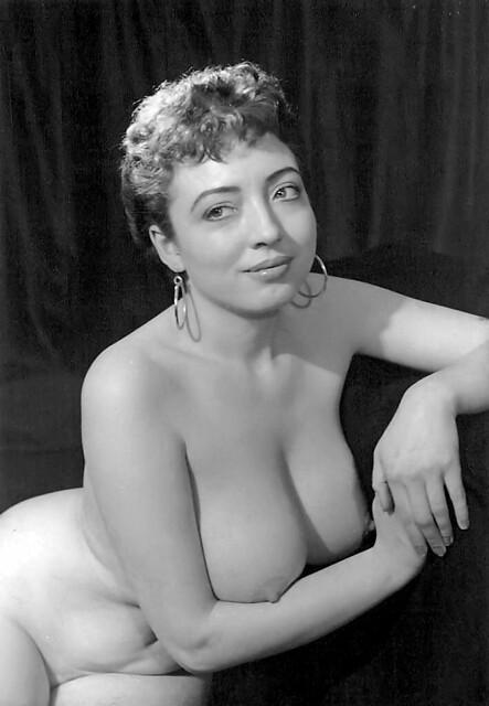 Maxine uk nude glamour model