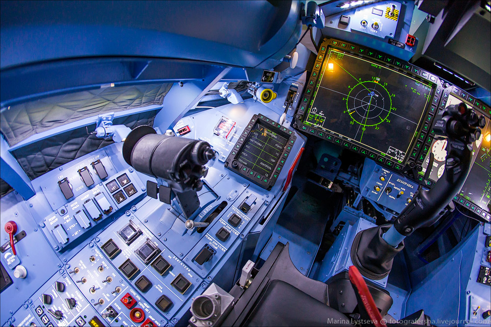 Novedades Sukhoi SU-35 10680209473_692e2c98ba_o