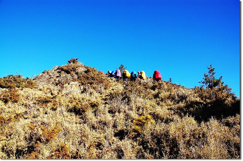 丹大溪源營地登望崖山