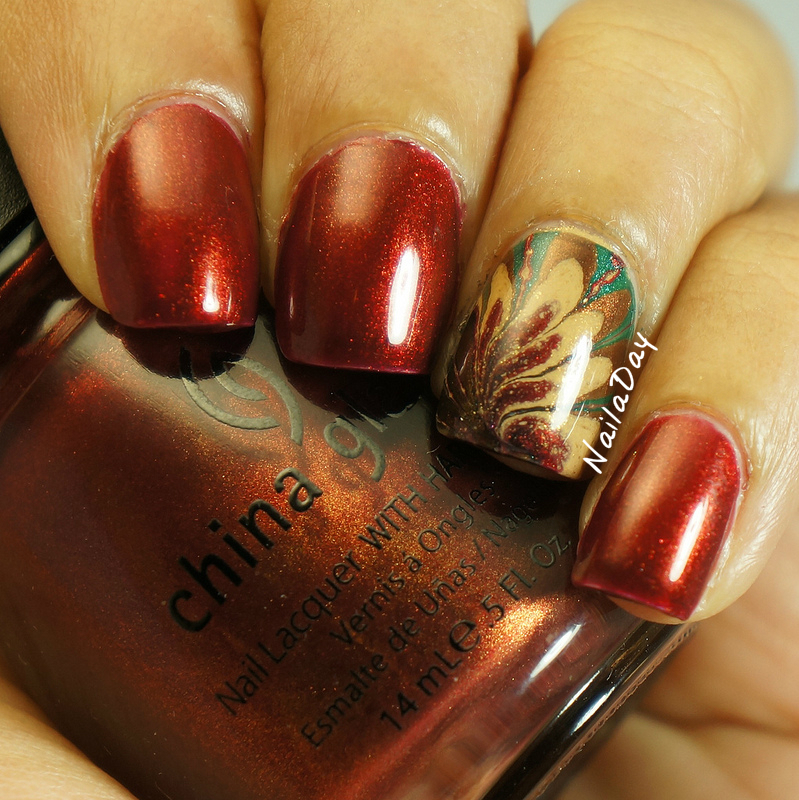 NailaDay: Thanksgiving watermarble with China Glaze Vintage Vixen polishes