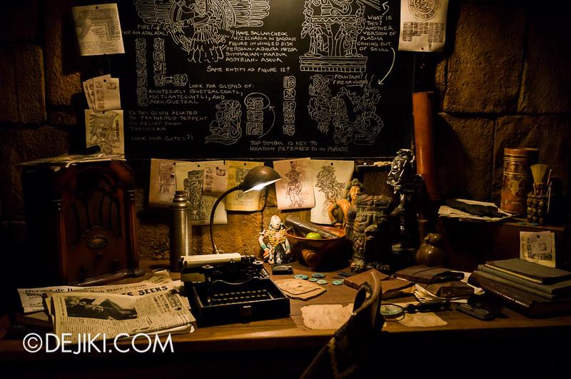 Tokyo DisneySea - Indiana Jones Adventure / Queue Office Level