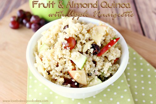 Fruit and Almond Quinoa with Apple Vinaigrette #quinoa #fruit #healthy