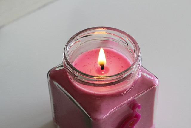 flamingo candle