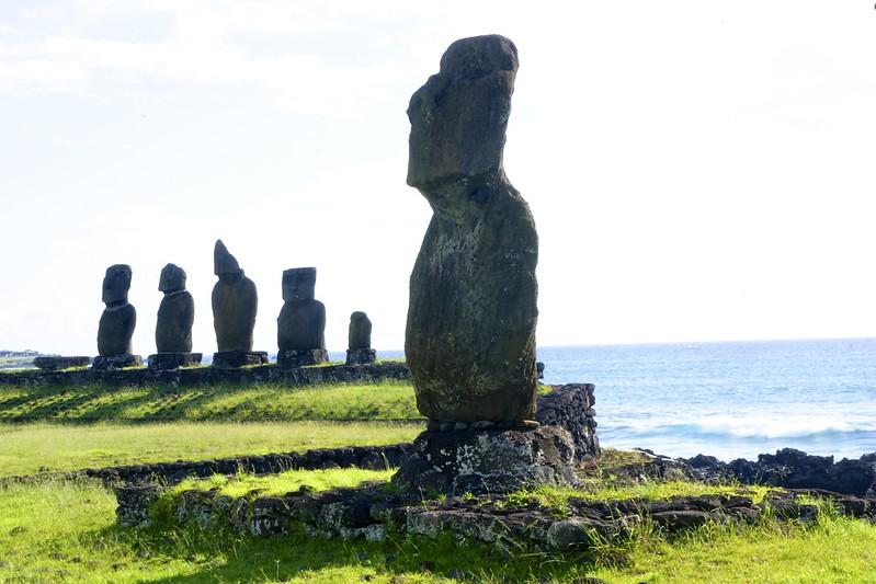 Easter island 21 51