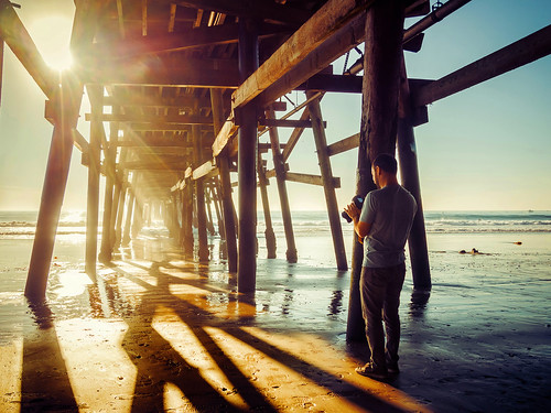ocean california light people sun sunlight beach silhouette pier shadows sanclemente sunray peopletakingphotos underthepier m43 microfourthirds meeyak olympusepl5