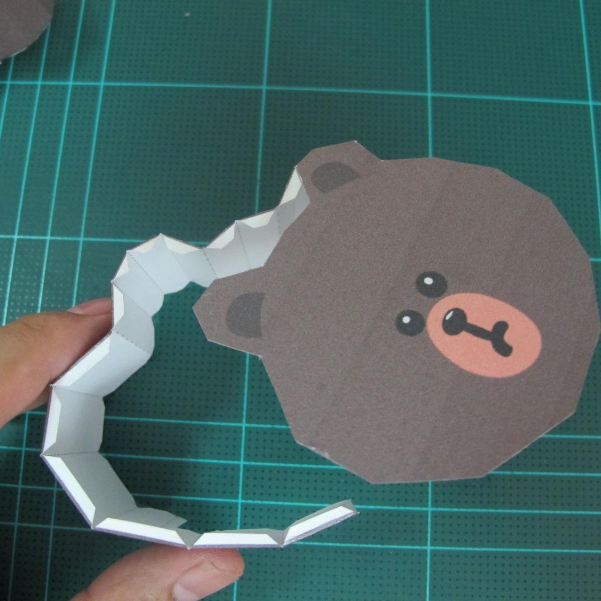 วิธีทำโมเดลกระดาษ ตุ้กตาไลน์ หมีบราวน์ ถือพลั่ว (Line Brown Bear With Shovel Papercraft Model -「シャベル」と「ブラウン」) 020