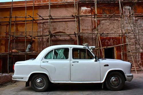 vintage car parked on a sidestreet in Jaipur