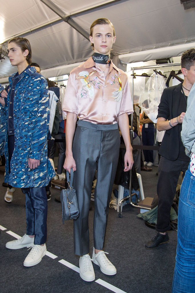 Paul Fontanier3052_SS16 Paris Louis Vuitton(fashionising.com)