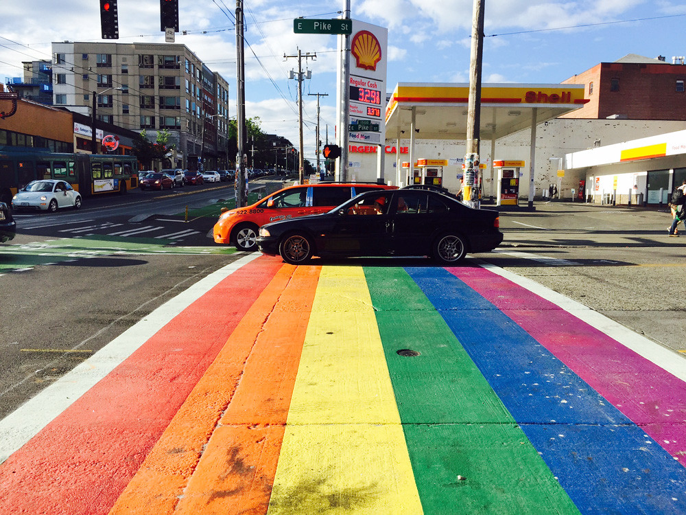 rainbow crosswalk in Seattle1
