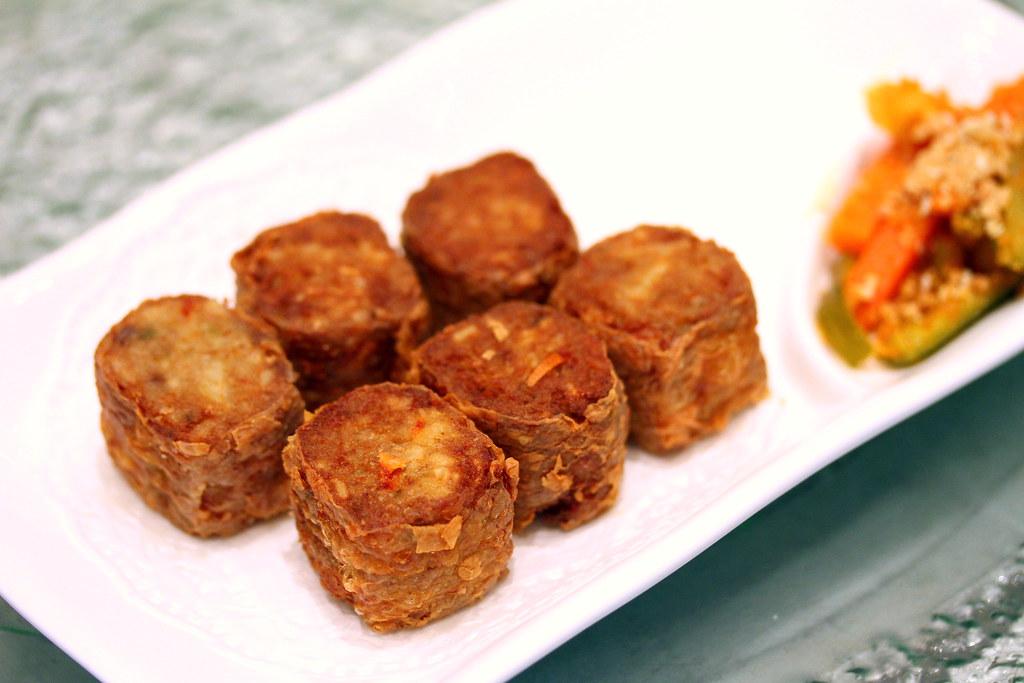 Chui Huay Lim Teochew Cuisine's Deep fried Ngoh Hiang Rolls