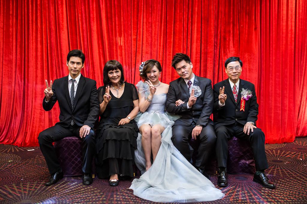 wedding0504-656.jpg