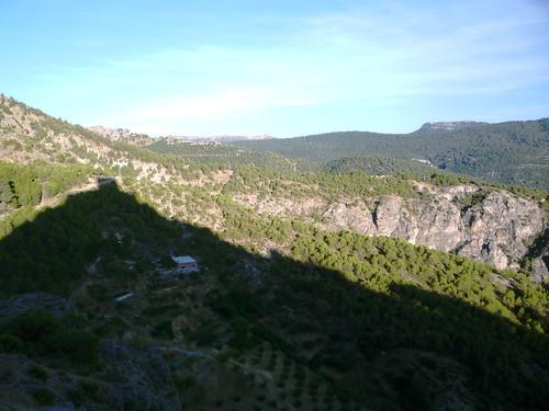 beherrschende Felsspitze in der Umgebung von Segura, das Castillo