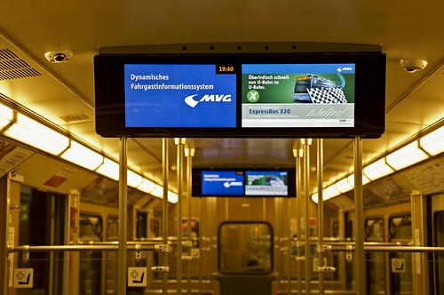 Pünktlich zum kommenden Fahrplanwechsel kann die MVG über neue Linien (wie hier dem X30) informieren