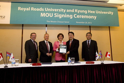 Memorandum of Understanding with Royal Roads University