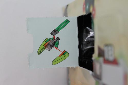 LEGO Star Wars 2013 Advent Calendar (75023) - Day 4 - Koro-2 Exodrive Airspeeder