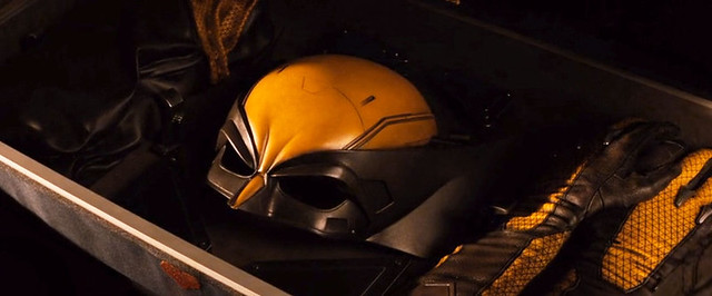 wolverine-deleted-scene-teases-classic-suit-1