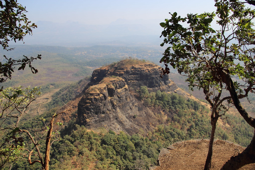 Tin Kavdi view from fort sarasgad