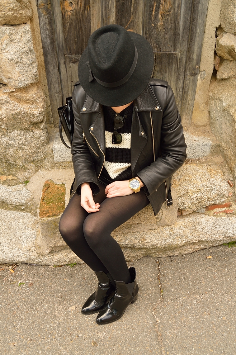 lara-vazquez-madlula-blog-black-hat-biker-jacket