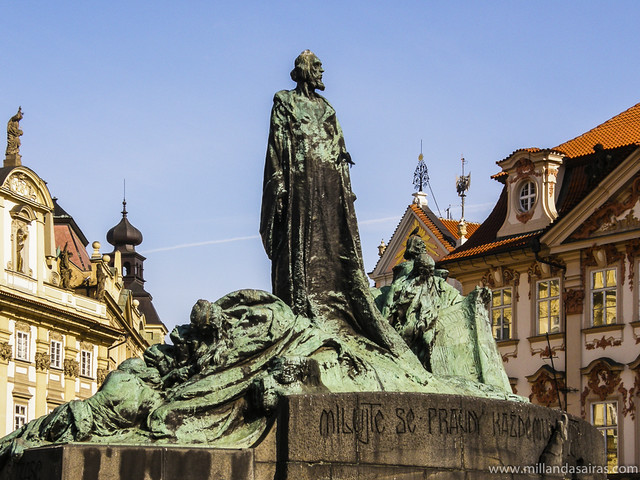 Estatua de Jan Hus
