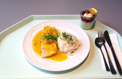 Seelachsfilet im Pfirsich-Inwer-Sud & Reis / Coalfish filet in peach ginger stock & rice