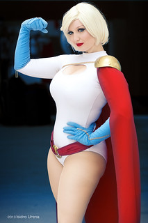 Powergirl Cosplay