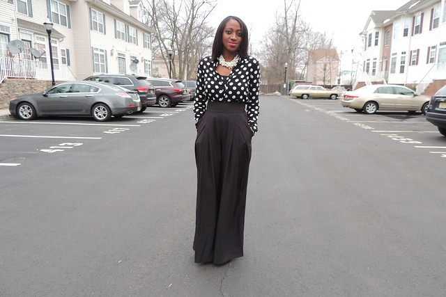 how to wear high waisted wide leg pants - Pi Pants