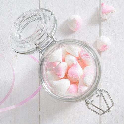 Two-tone Vanilla Strawberry Mini Marshmallows | Sugar for the Brain