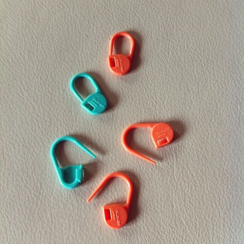 My favorite stitch markers:) I miei marca punti preferiti:)