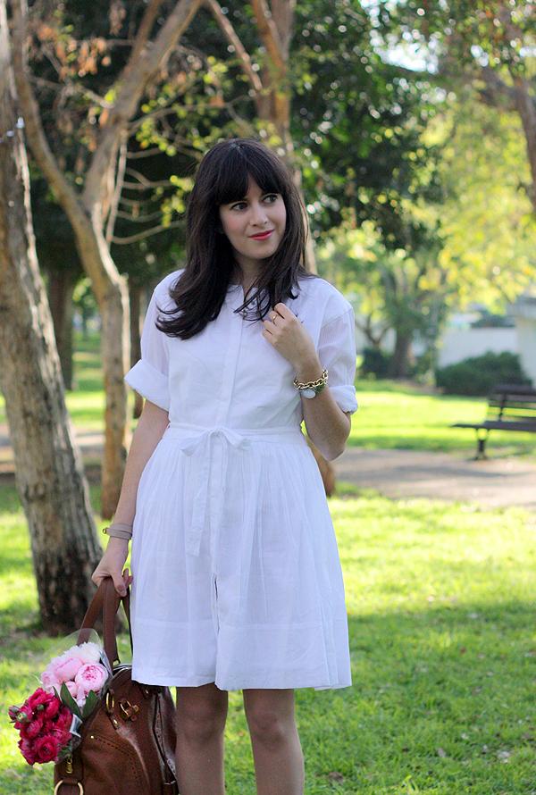 אפונה בלוג אופנה, בלוג אופנה, שמלה לבנה, שמלה לבנה לחג