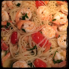 #linguine #shrimp #aglioeOlio #homemade #CucinaDelloZio - add linguine