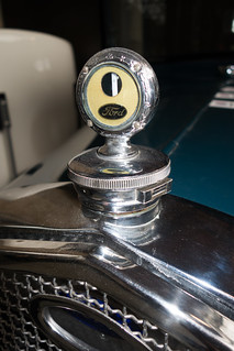 1928 Ford hood ornament