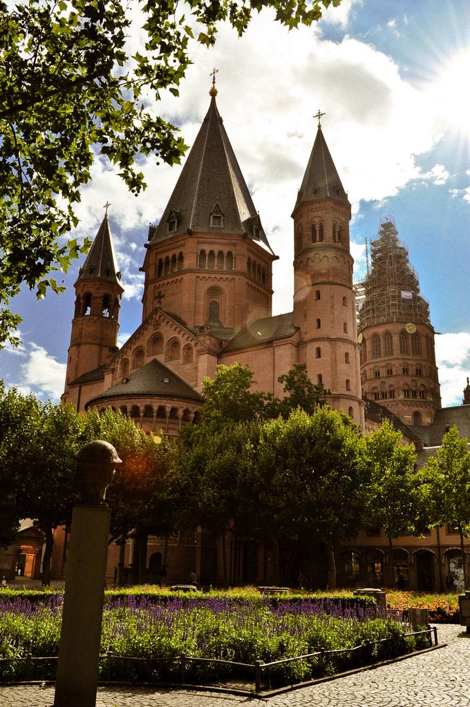 10. La catedral de Maguncia. Autor, Fixeche