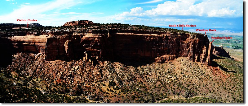 Otto's Trail 眺望遊客中心及Canyon Rim Trail