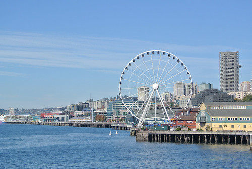 An autumn ride around the Sound - Ferris Wheel on the Seattle Waterfront