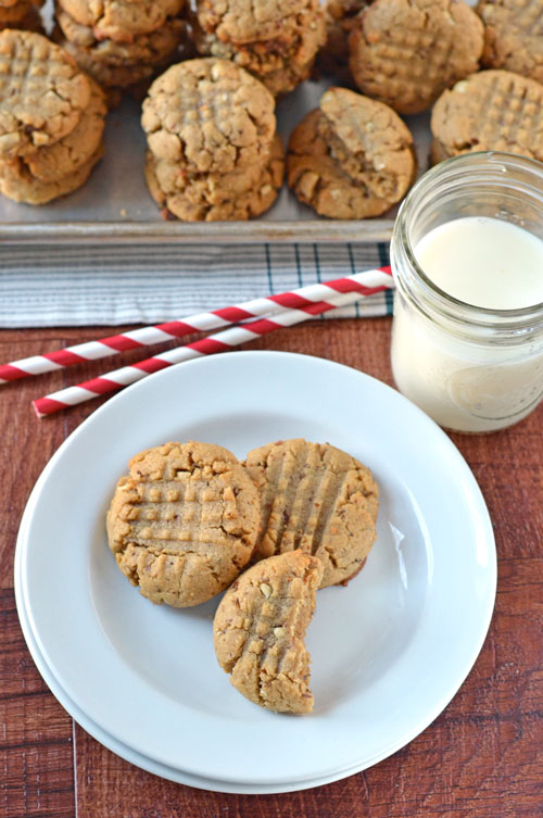 Healthy Peanut Butter Cookies. Soft, chewy, and made with whole wheat flour and NO butter!