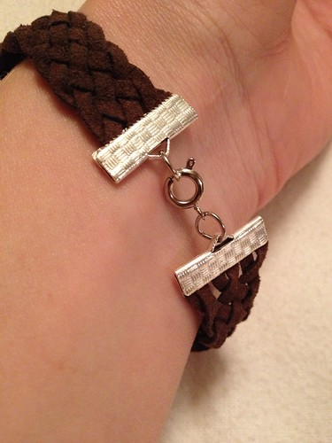 Suede Belt to Jewelry Refashion