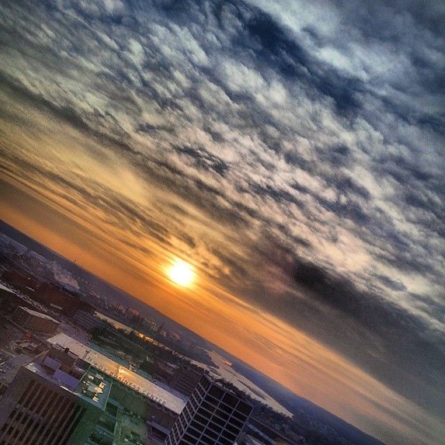 #sunset #oneokplaza #best_skyshots #tulsa #oklahoma #igersok