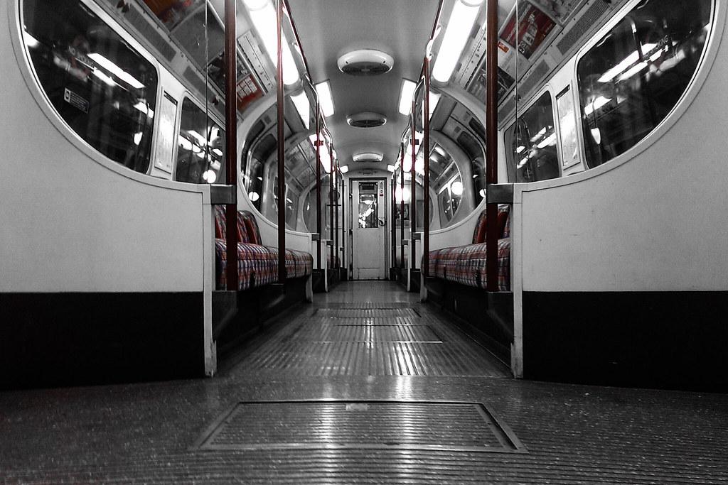 Bakerloo Line, 09:37