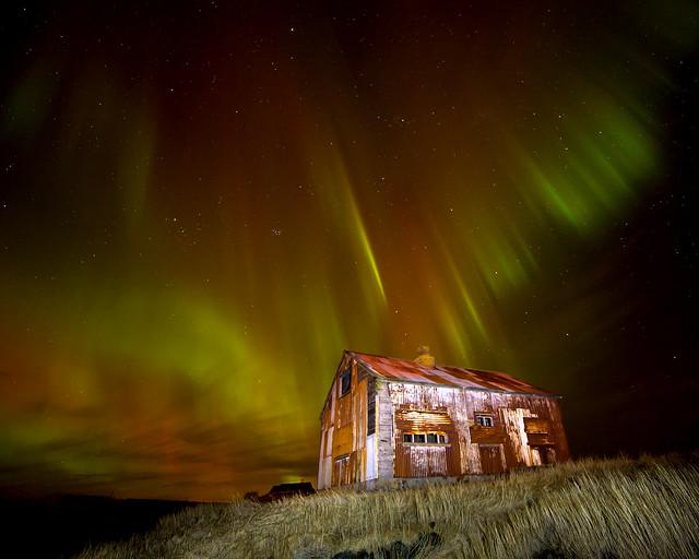 Old shed & aurora
