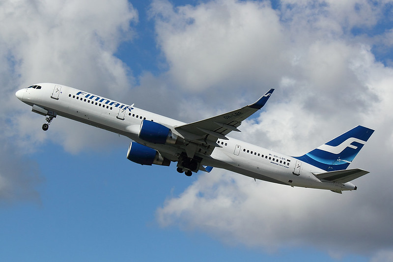Finnair - B752 - OH-LBR  (2)