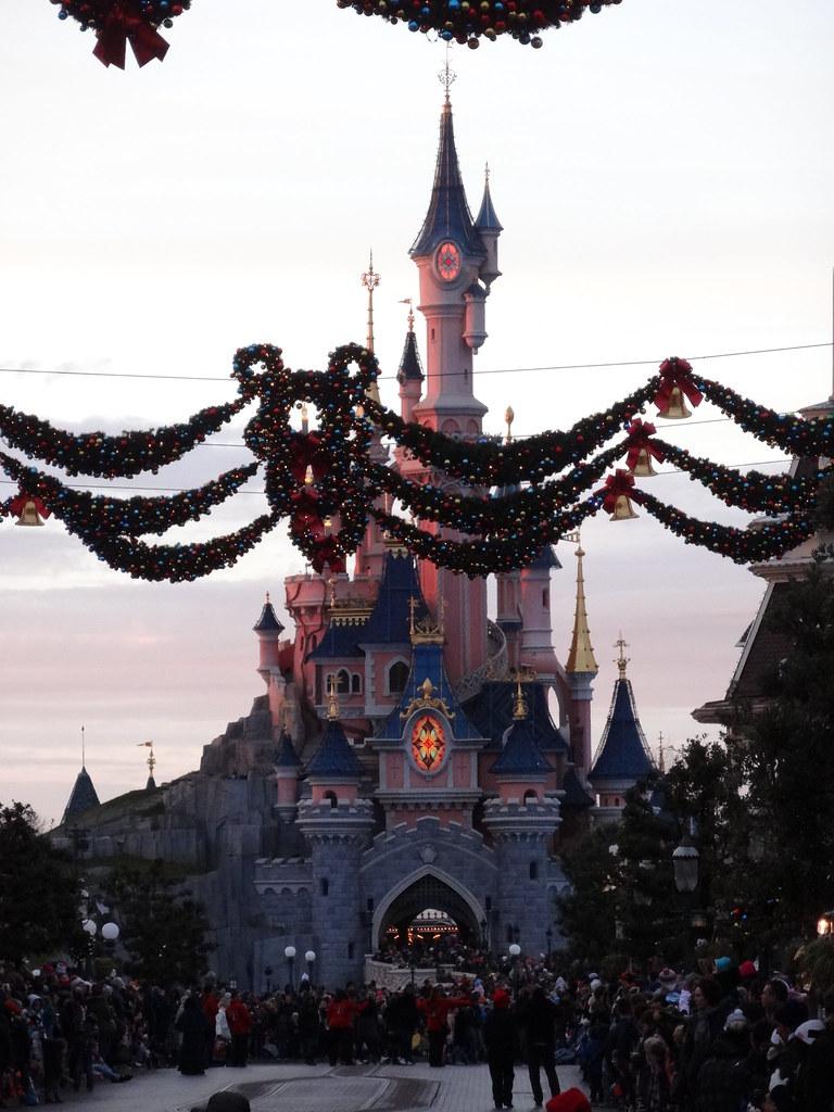 Un séjour pour la Noël à Disneyland et au Royaume d'Arendelle.... - Page 4 13695707435_71a0a00dc2_b