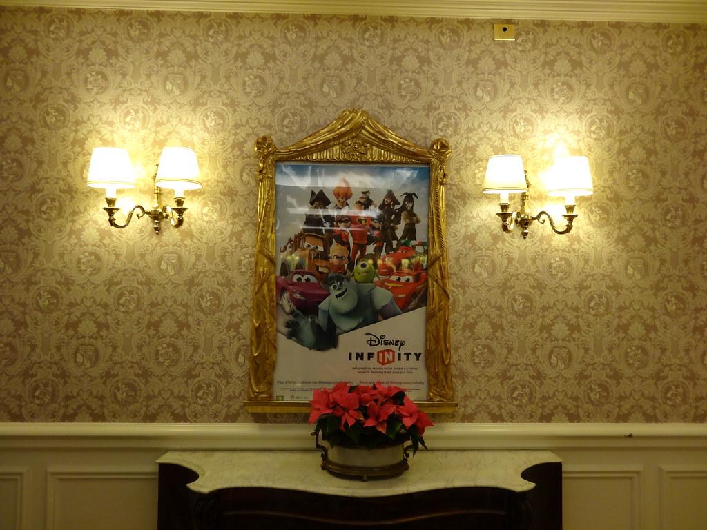 Un séjour pour la Noël à Disneyland et au Royaume d'Arendelle.... - Page 8 13925384145_0c08ae0254_b