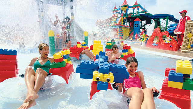 LEGOLAND_WATER_PARK_FAMILY_4_6in
