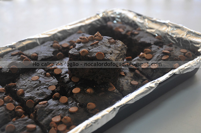 Bolo-Brownie triplo de chocolate (low-fat)