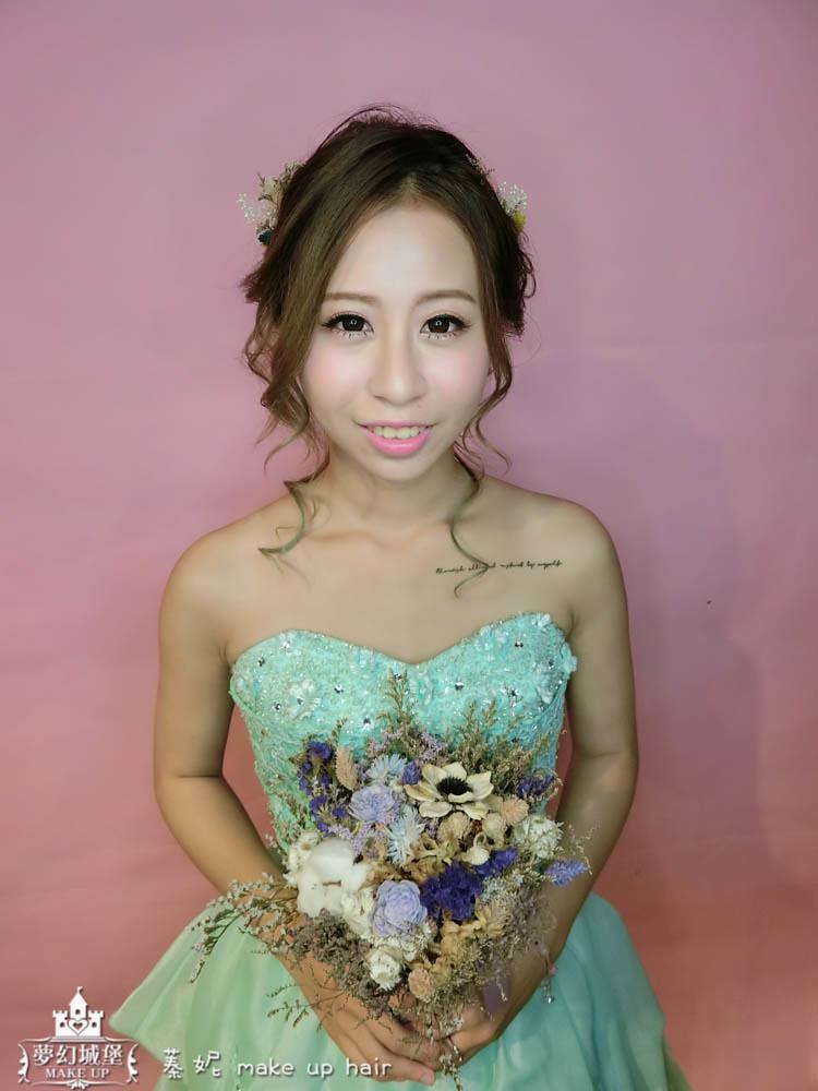 【新秘蓁妮】新娘造型創作 / 抽絲兩股編盤髮