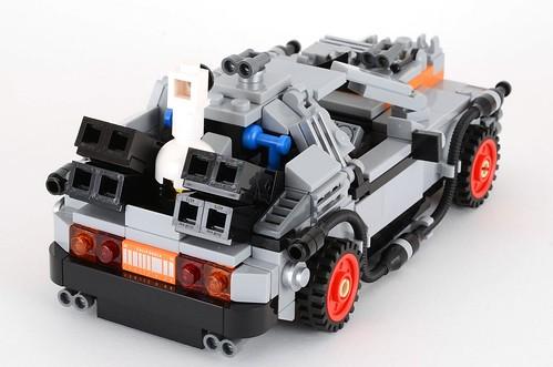 Review: 21103 Cuusoo Back to the Future DeLorean ...