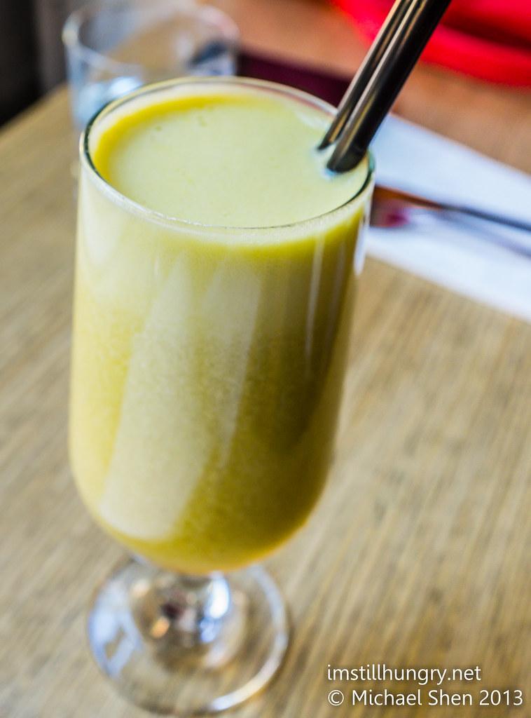 Wake Me Up - celery, ginger, orange, apple chalkboard cafe