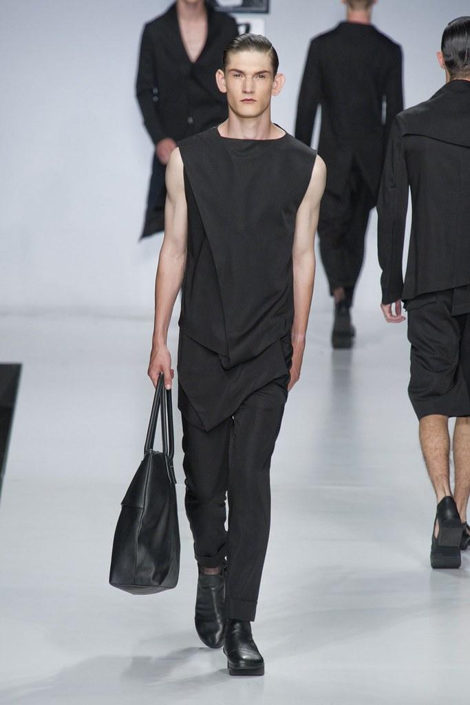 SS14 Milan Ji Wenbo017_Reece Sanders(fashionising.com)